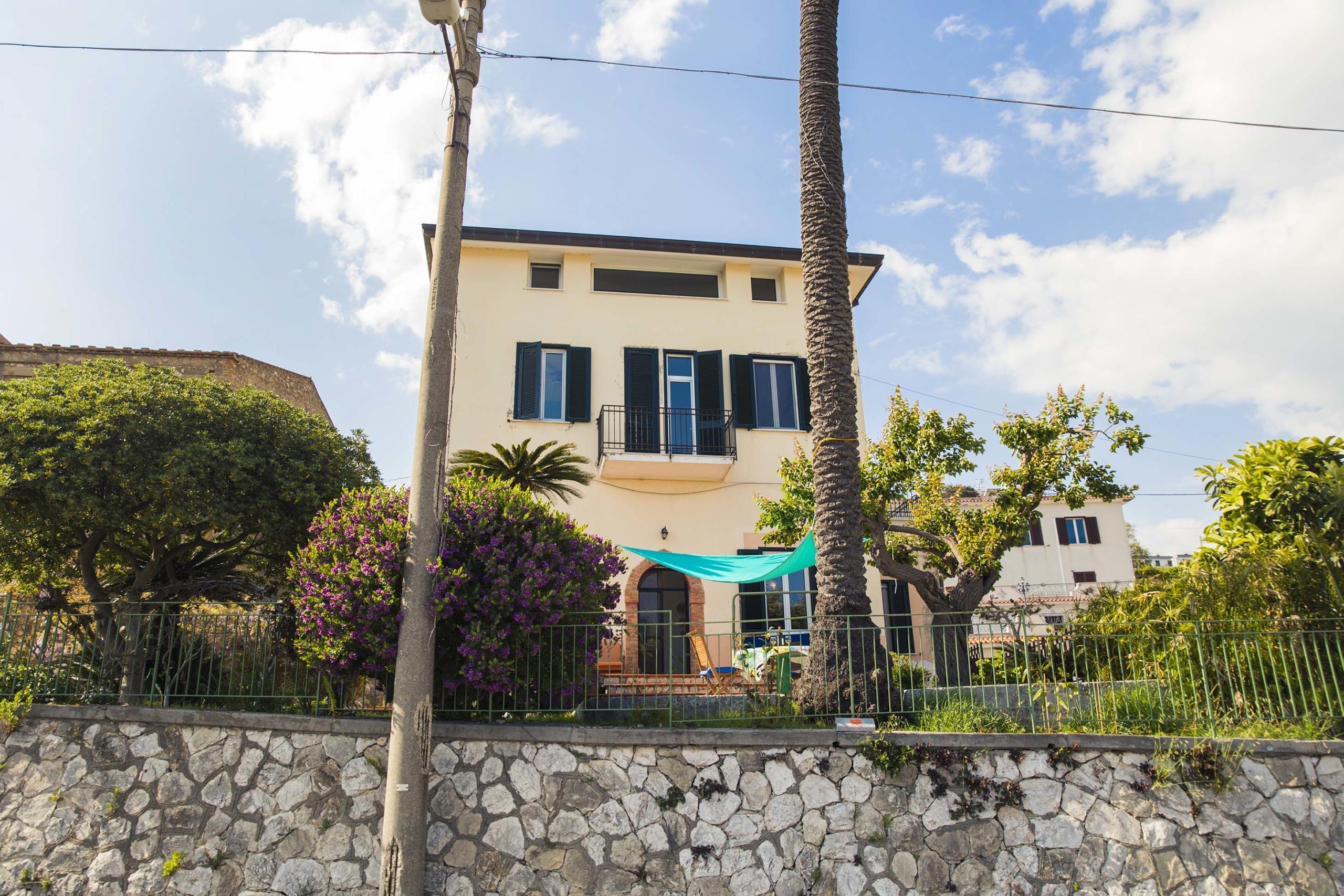 casa-vacanze-gaeta-villa-2